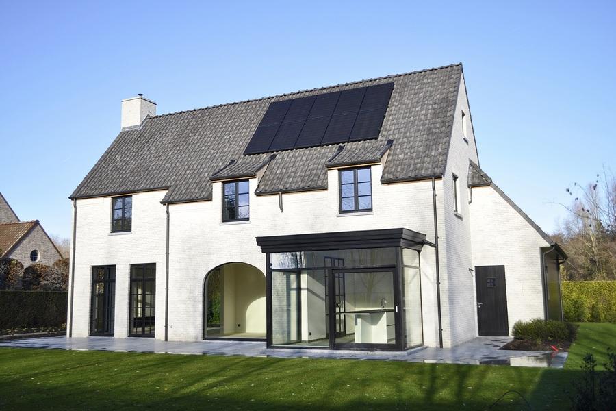 Een prachtige recente villa in het mooiste dorp van Vlaanderen