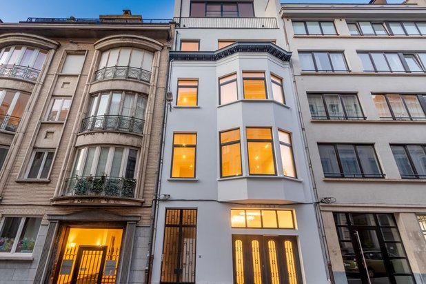 Apartment for rent at IXELLES with reference 19301661444