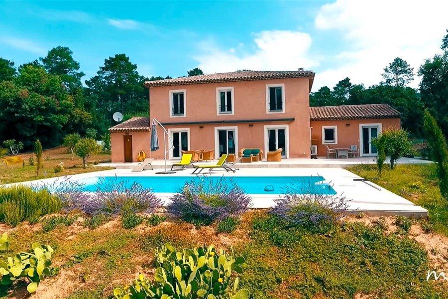 Sainte-Maxime , belle villa provençale de 236m²
