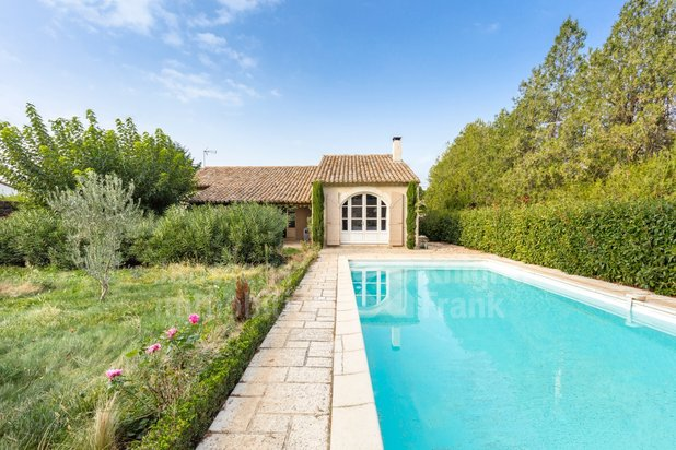 Villa for sale at Eygalières with reference 19301368271