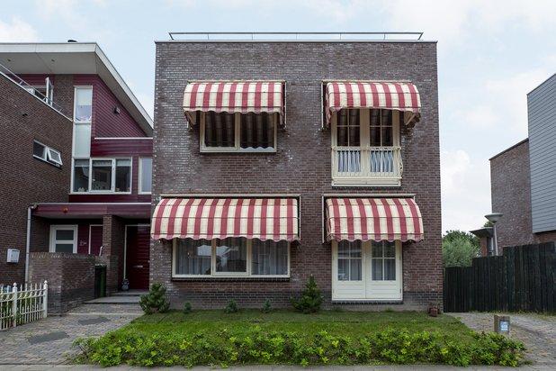Riante geschakelde villa