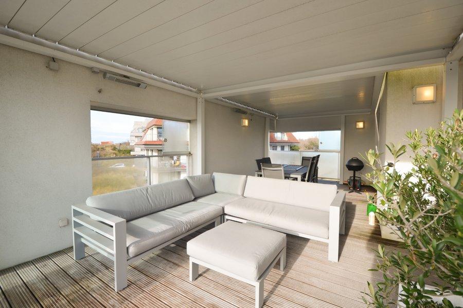 Luxe appartement met uitzonderlijke terras van 96m² op St-André Oostduinkerke!