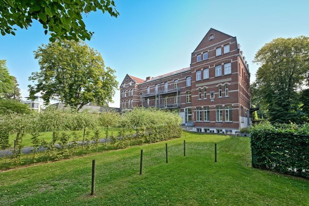 Loft for rent at IXELLES with reference 19301899217