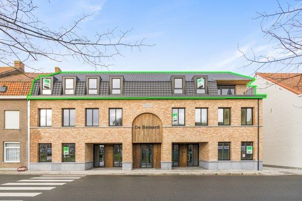Penthouse met 3 terrassen in hartje Nieuwkerke!