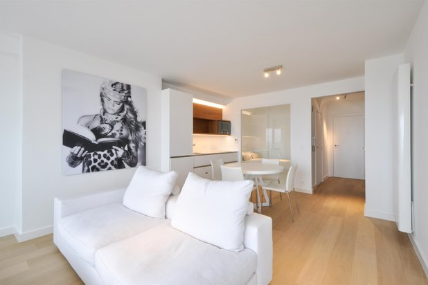Hedendaags gerenoveerd 2-slpk. appartement op Zeedijk Zoute