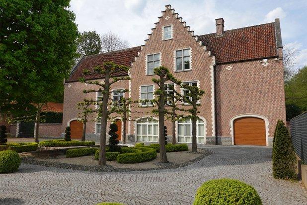 VILLA + espace bureau (ou hobby, 2ème maison,  ...)  * magnifique PARC / PRAIRIE * 1,27 hectare