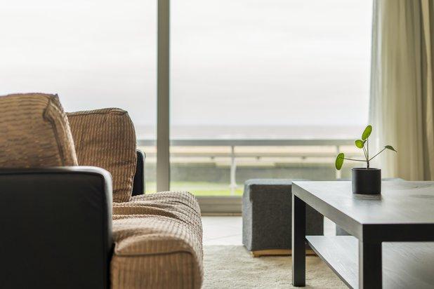 Uniek tweeslaapkamer appartement met brede gevel, frontaal zeezicht en magnifieke terrassen