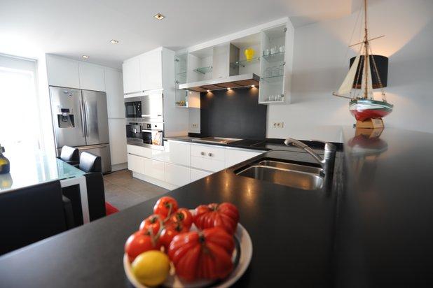 Groot appartement met dubbele garage AAN ZEE