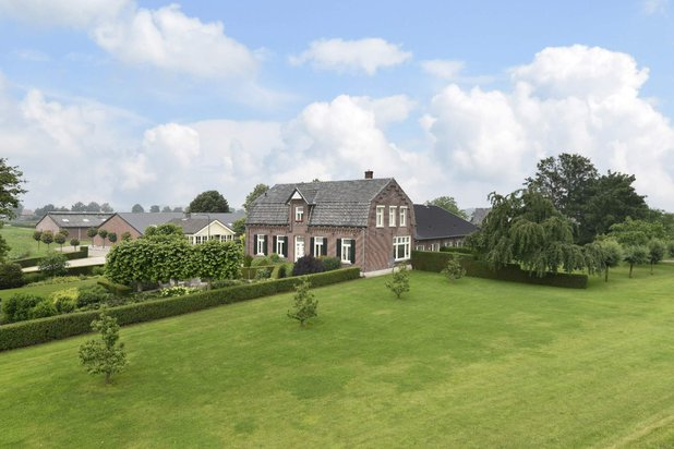 Villa for sale at BERGEN L with reference 19202448108