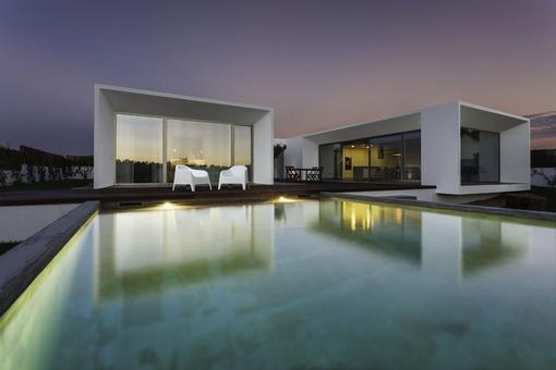 poolhouse2.jpg