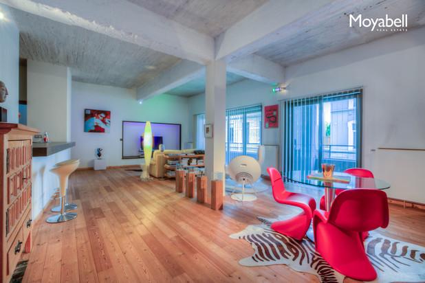 Trendy Appartement van 140 m2 in loft stijl met groot terras